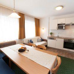 Wohnbereich - Appartements Sonnfeld in Flachau, Österreich